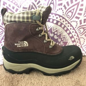 Like new The North Face Chillcat boot - size 9.5.